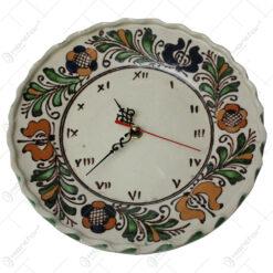 Ceas de perete din ceramica de Corund cu motive traditionale 24 CM