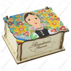 Cutie din lemn pictata manual