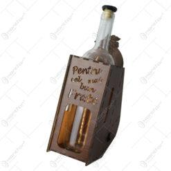 """Suport din lemn cu LED si sticla vin """"Pentru cel mai bun frate"""""""