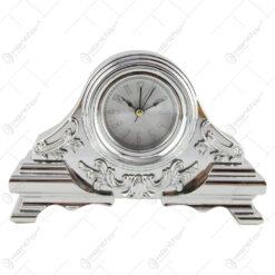 Ceas de masa din plastic 19x13 CM - Argintiu