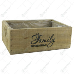 "Lada pentru flori din lemn ""Family is everything"" 25x17 CM"