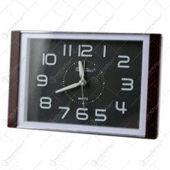 Ceas de masa din plastic Quartz 17x11 CM