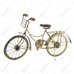 Decoratiune Bicicleta din metal si lemn 48 CM