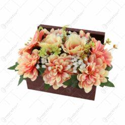 Cutie decorativa cu flori artificiale 28x14 CM