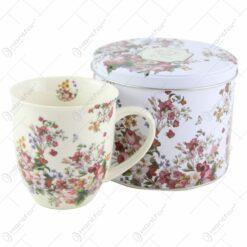"Cana portelan 400 ml in cutie metalica ""Vintage Flowers White"""