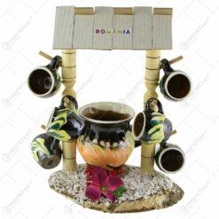 Suport Fantana din lemn cu canite tarie si o cana din ceramica