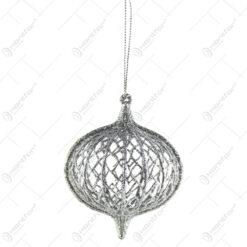 Ornament brad din plastic 8 CM