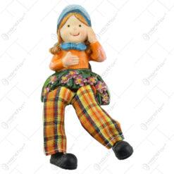 Magnet frigider Figurina Fetita cu picioare textil 11 CM