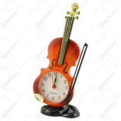 Ceas de masa din plastic Vioara 20 CM
