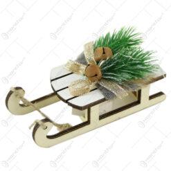 Ornament brad din lemn 12 CM Saniuta